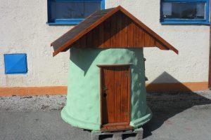 drevený domček pre deti